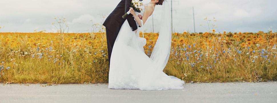 """La soluzione per un vestito da sposa """"etico"""" è semplice  innanzitutto è  bene scegliere tessuti eco-friendly come la canapa  inoltre è importante  assicurarsi ... 1b0d07825e1"""