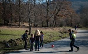 giochi con bambini in natura